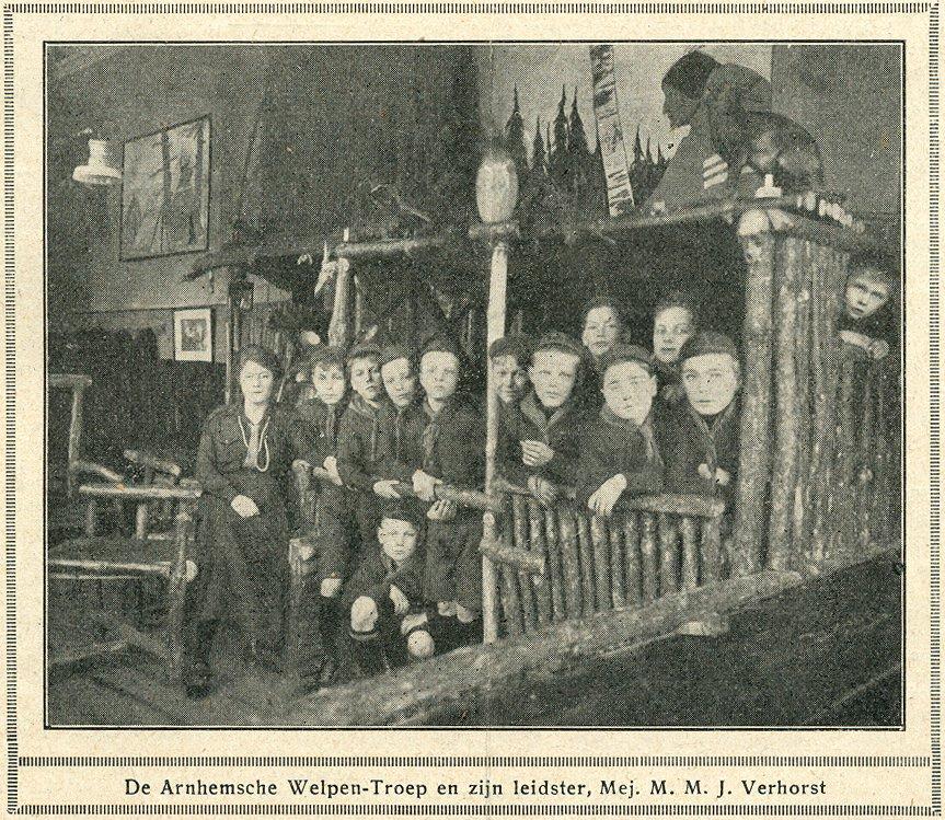 De Arnhemsche Welpen-troep met Verhorst