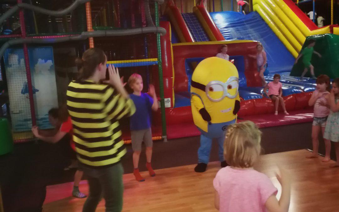 Welpen naar Kids Playground