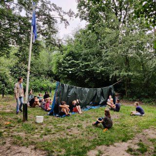 De Scouts spelen vandaag zeeslag met waterballonnen!